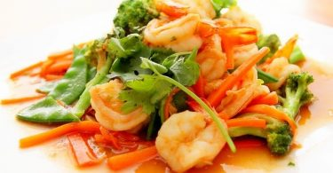 Healthy food prawns and vegetables